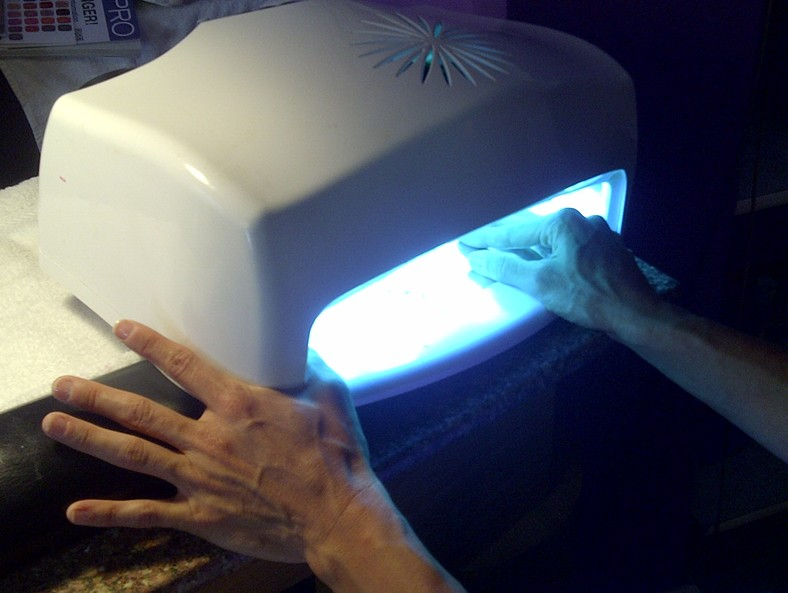All About Nails: Shellac, Duri, and Nail Love » Shellac Machine